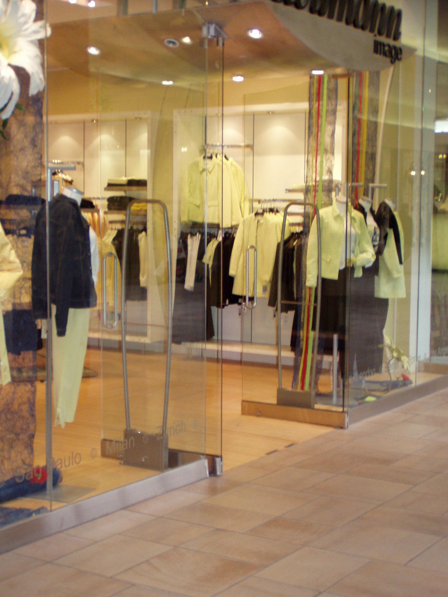ShopKitson.com - The Online Store For The Famous Kitson Boutique